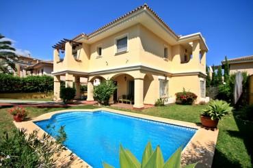 Villa, La Cala Hills, R3189502