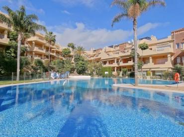 Apartment, Los Flamingos, R3349012