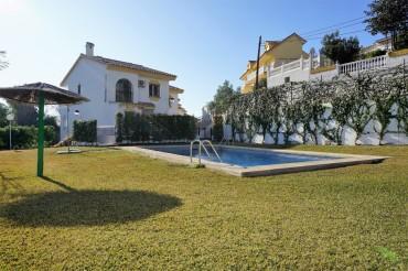 Townhouse, Torremar, R3355795