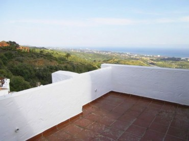 Townhouse, Altos de los Monteros, R210898