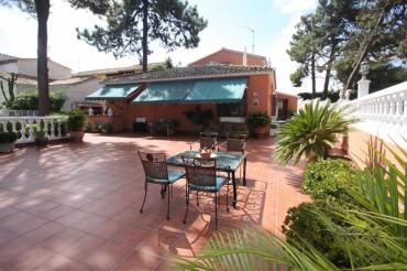 Villa, Carib Playa, R2031194