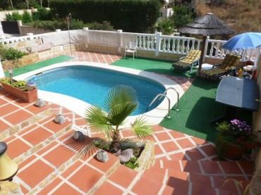 Villa, Sierrezuela, R2115620