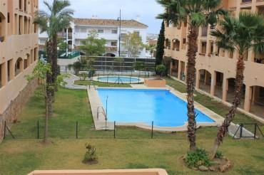 Apartment, Los Pacos, R2134010