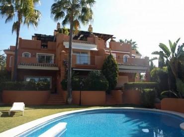 Townhouse, Bahía de Marbella, R2450387