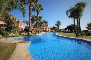 Apartment, Reserva de Marbella, R2629742