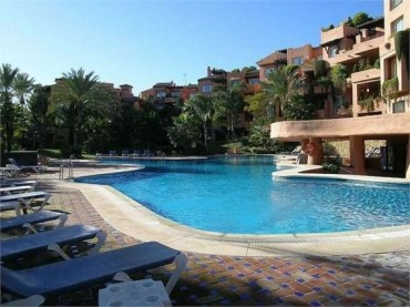Penthouse, The Golden Mile, R2729345