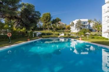 Apartment, Los Monteros, R2998265