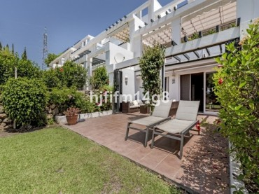 Apartment, La Quinta, R3022445