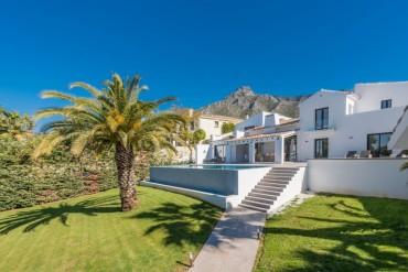 Villa, Marbella, R3049621