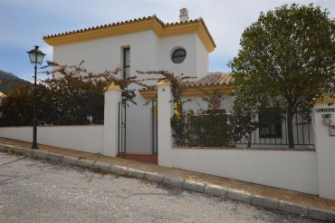 Villa, Alhaurin Golf, R3183601