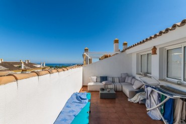 Penthouse, The Golden Mile, R3225547