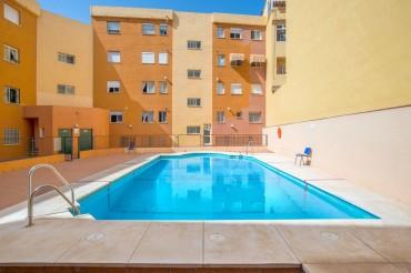 Apartment, Las Lagunas, R3240301