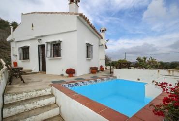 Villa, Alora, R3336340