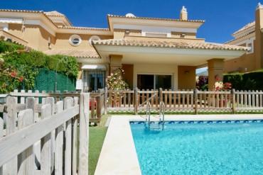Villa, Santa Clara, R3362353