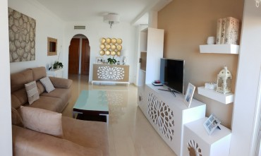 Apartment, Los Pacos, R3304666