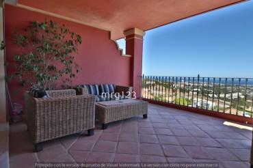 Apartment, Monte Halcones, R3063178