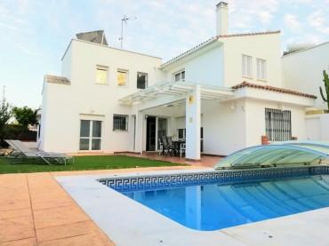 Villa, Playamar, R3419878