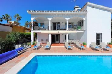 Villa, Carib Playa, R3413770