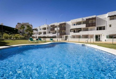 Apartment, La Duquesa, R3461674
