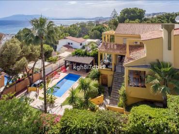 Villa, Malaga Este, R3444241