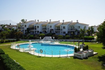 Apartment, El Paraiso, R3466966