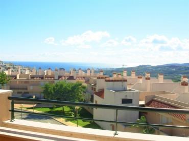 Penthouse, Casares, R3542017