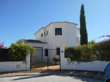 Villa, Alcaucín, R3574147